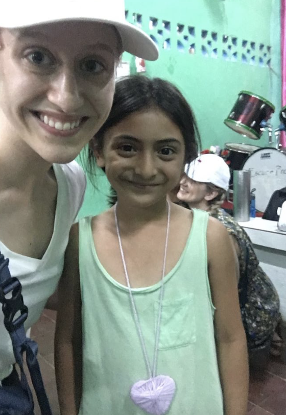 In May 2019 I travelled to Managua, Nicaragua for a mission trip. While I was there I held two heart making events with members of the community.